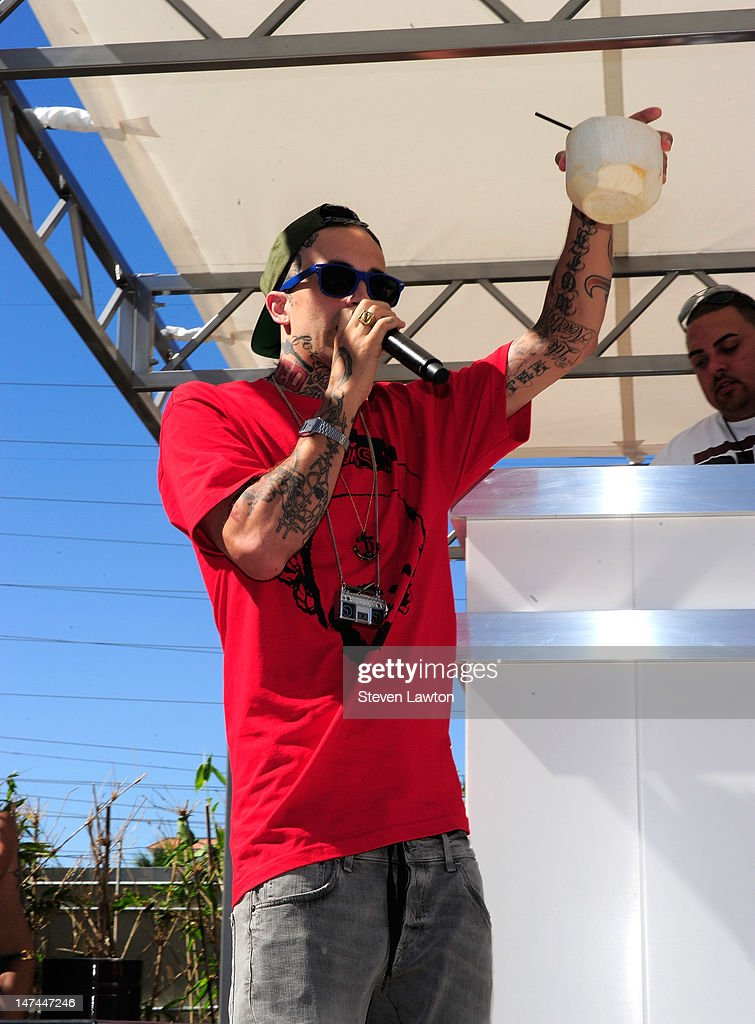 Rapper Yelawolf Performs At Palms Casino Resort's Ditch ...