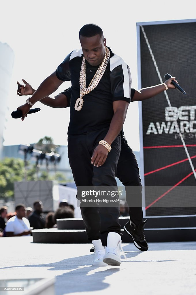 Rapper <a gi-track='captionPersonalityLinkClicked' href=/galleries/search?phrase=Yo+Gotti&family=editorial&specificpeople=608327 ng-click='$event.stopPropagation()'>Yo Gotti</a> performs onstage at the 2016 BET Awards at the Microsoft Theater on June 26, 2016 in Los Angeles, California.