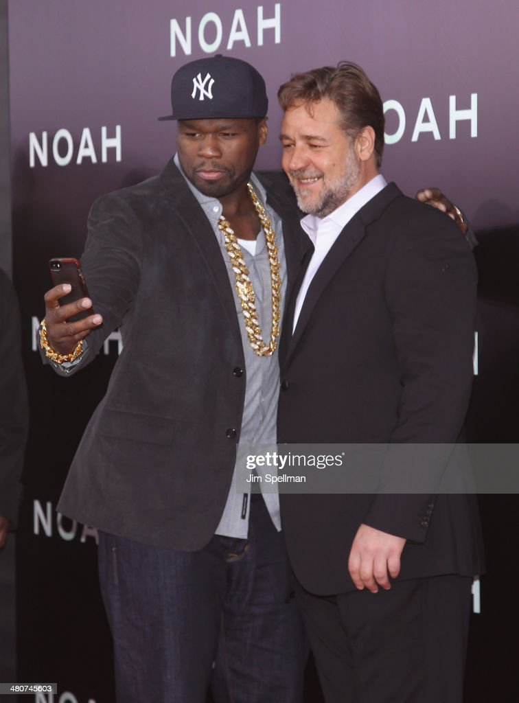 Rapper/actor <a gi-track='captionPersonalityLinkClicked' href=/galleries/search?phrase=50+Cent+-+Rapper&family=editorial&specificpeople=215363 ng-click='$event.stopPropagation()'>50 Cent</a> and actor <a gi-track='captionPersonalityLinkClicked' href=/galleries/search?phrase=Russell+Crowe&family=editorial&specificpeople=202609 ng-click='$event.stopPropagation()'>Russell Crowe</a> attend the 'Noah' New York Premiere at Ziegfeld Theatre on March 26, 2014 in New York City.