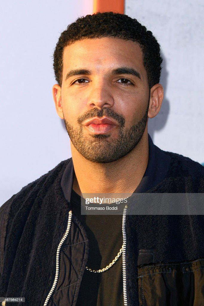 how to get in contact with drake the rapper