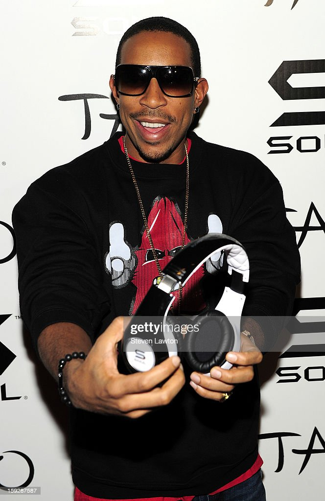 Rapper/actor Ludacris arrives for the official Soul headphones party at Tao Nightclub at The Venetian on January 10, 2013 in Las Vegas, Nevada.