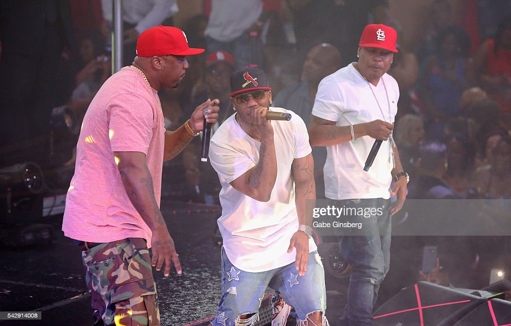 Rappers Ali, Nelly and City Spud of St. Lunatics perform at Drai's Beach Club - Nightclub at The Cromwell Las Vegas on June 25, 2016 in Las Vegas, Nevada.
