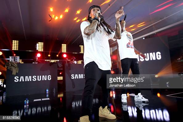 AUSTIN TX MARCH Rappers Lil Wayne and 2 Chainz perform onstage at Samsung Galaxy Life Fest at SXSW 2016 on March 12 2016 in Austin Texas