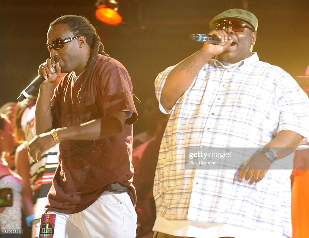 Rappers MJG and 8 Ball perform at T.I.'s Final Countdown Concert at the Philips Arena on May 24, 2009 in Atlanta, Georgia.