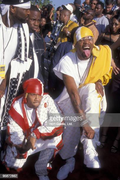 Rappers Redman and Method Man of Wu Tang Clan attend Source Hip Hop Music Awards on August 22 2000 at the Pasadena Civic Auditorium in Pasadena...