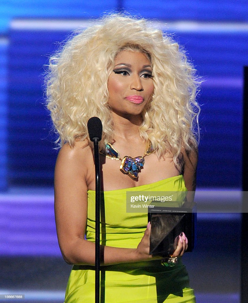 Rapper/singer Nicki Minaj accepts the award for Favorite Rap/Hip-Hop Album onstage during the 40th American Music Awards held at Nokia Theatre L.A. Live on November 18, 2012 in Los Angeles, California.