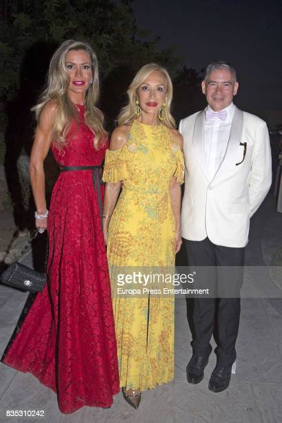 Raquel Bernal Carmen Lomana and Boris Izaguirre attend XXXIV AECC Gala Dinner at Real Club de Golf Guadalmina on August 5 2017 in Marbella Spain