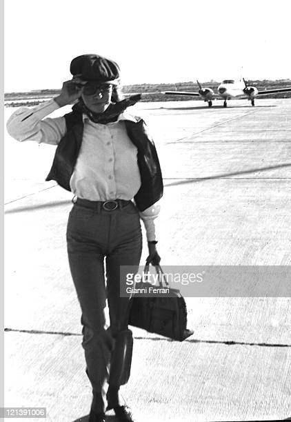 Raquel Welch at the airport of Almeria 06th July 1968 Almeria Spain