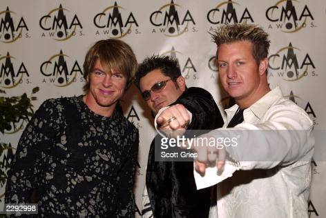 Rascal Flatts arrives at the 36th annual Country Music Association Awards at the Grand Ole Opry House in Nashville Tennessee November 6 2002 Photo by...