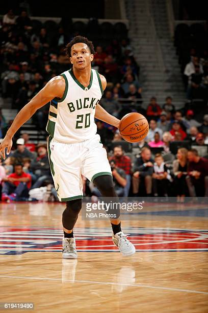 Rashad Vaughn of the Milwaukee Bucks drives to the basket against the Detroit Pistons on October 30 2016 at The Palace of Auburn Hills in Auburn...