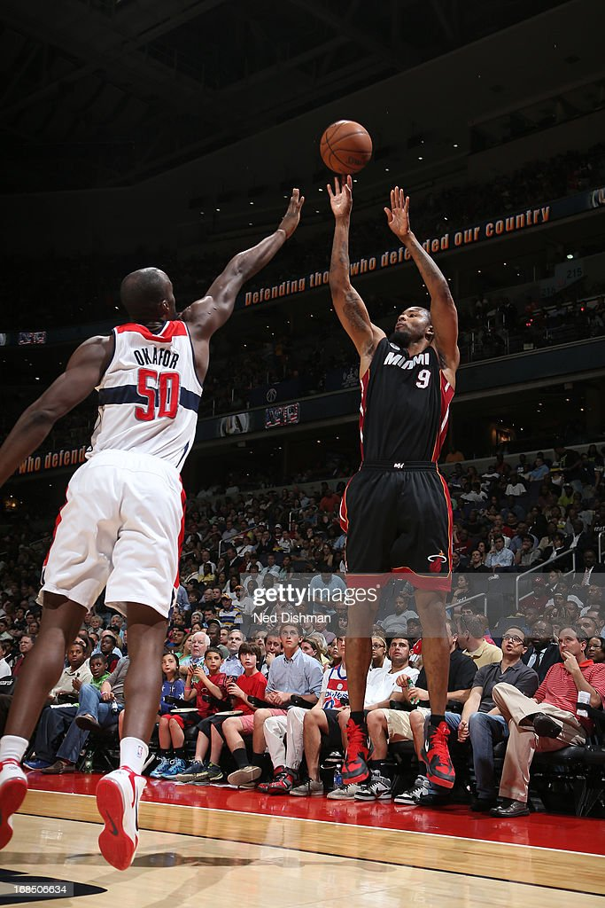 <a gi-track='captionPersonalityLinkClicked' href=/galleries/search?phrase=Rashard+Lewis&family=editorial&specificpeople=201713 ng-click='$event.stopPropagation()'>Rashard Lewis</a> #9 of the Miami Heat shoots the ball against the Washington Wizards at the Verizon Center on April 10, 2013 in Washington, DC.
