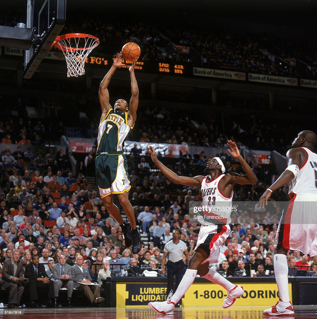 Seattle Sonics v Portland Trail Blazers s and