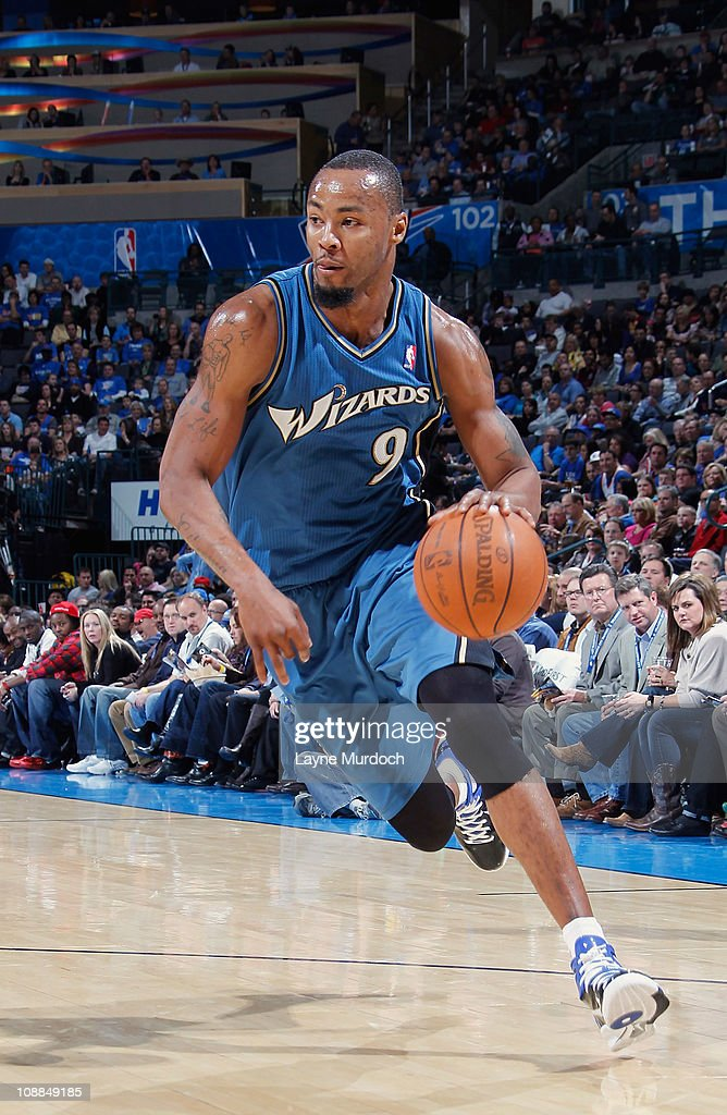 <a gi-track='captionPersonalityLinkClicked' href=/galleries/search?phrase=Rashard+Lewis&family=editorial&specificpeople=201713 ng-click='$event.stopPropagation()'>Rashard Lewis</a> #9 of the Washington Wizards drives to the basket against the Oklahoma City Thunder during the game on January 28, 2011 at the Ford Center in Oklahoma City, Oklahoma.