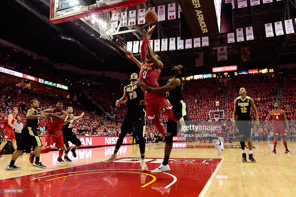 <a gi-track='captionPersonalityLinkClicked' href=/galleries/search?phrase=Rasheed+Sulaimon&family=editorial&specificpeople=7887134 ng-click='$event.stopPropagation()'>Rasheed Sulaimon</a> #0 of the Maryland Terrapins puts up a shot in front of Rapheal Davis #35 of the Purdue Boilermakers in the second half during their game at Xfinity Center on February 6, 2016 in College Park, Maryland. The Maryland Terrapins defeated the Purdue Boilermakers 72-61.