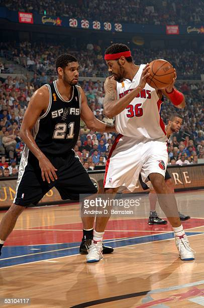 Rasheed Wallace of the Detroit Pistons posts up against Tim Duncan of the San Antonio Spurs in Game five of the 2005 NBA Finals at the Palace of...