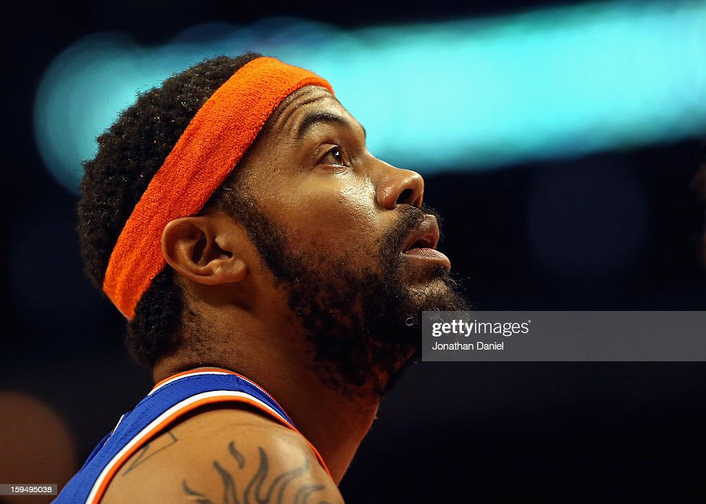 Rasheed Wallace #36 of the New York Knicks waits for a free throw against the Chicago Bulls at the United Center on December 8, 2012 in Chicago, Illinois. The Bulls defeated the Knicks 93-85.