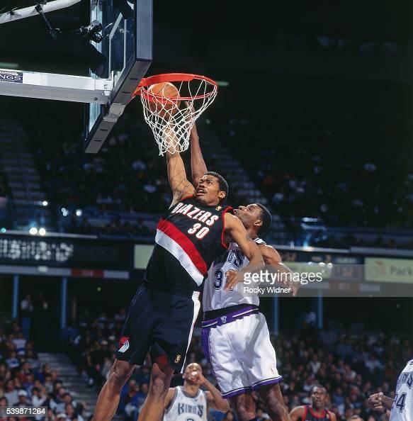 Portland Trail Blazers Kings: Portland Trail Blazers V Sacramento Kings Pictures