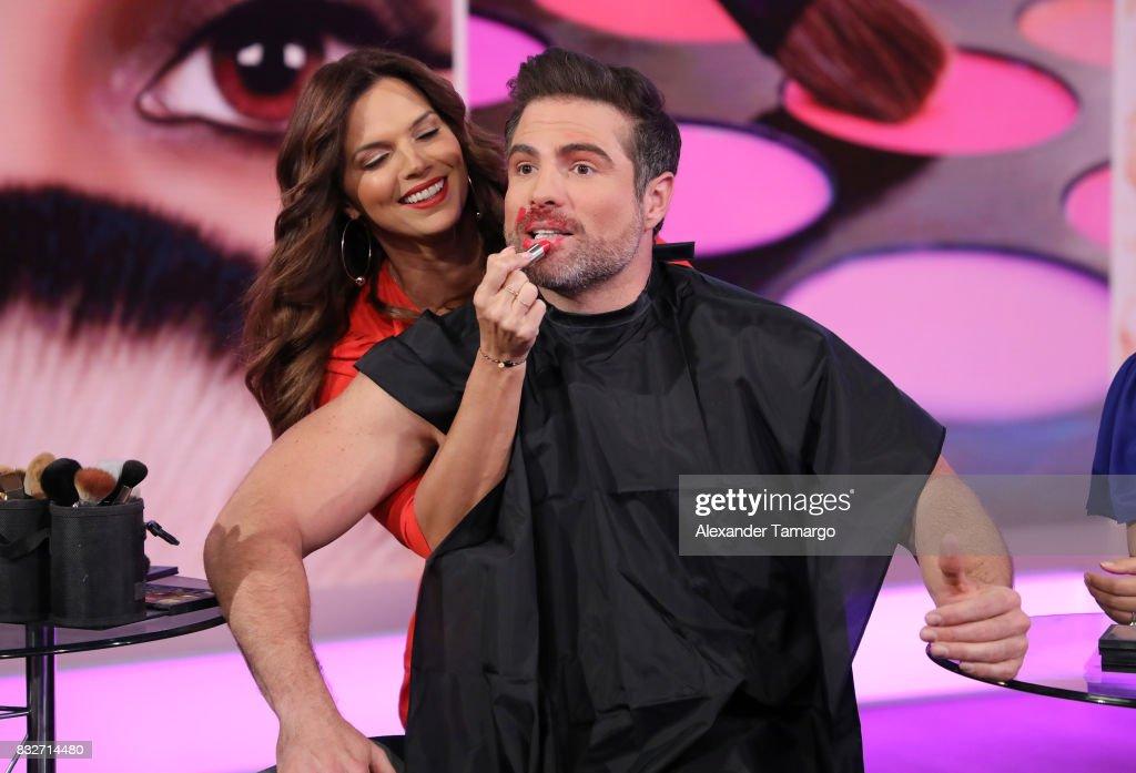 Rashel Diaz and Roberto Manrique are seen on the set of 'Un Nuevo Dia' at Telemundo Studios on August 16, 2017 in Miami, Florida.