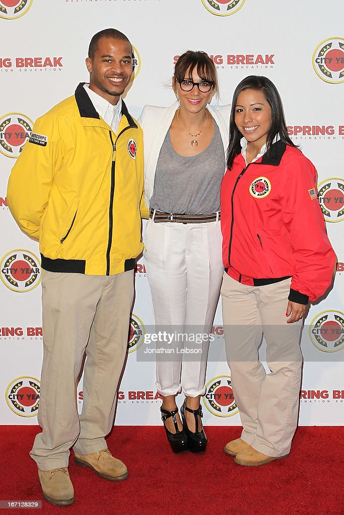 <a gi-track='captionPersonalityLinkClicked' href=/galleries/search?phrase=Rashida+Jones&family=editorial&specificpeople=2133481 ng-click='$event.stopPropagation()'>Rashida Jones</a> (C) and City Year Los Angeles AmeriCorps members attend the City Year Los Angeles' Spring Break: Destination Education at Sony Pictures Studios on April 20, 2013 in Culver City, California.