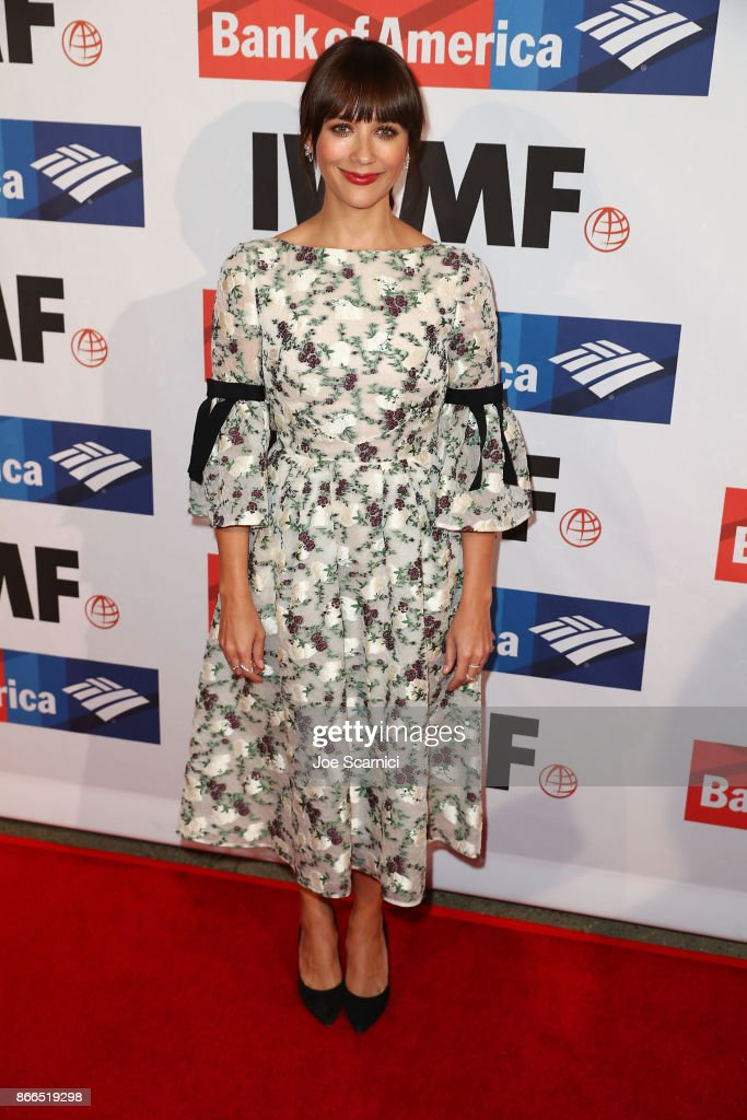 Rashida Jones attends the International Women's Media Foundation 2017 Courage In Journalism Awards at NeueHouse Hollywood on October 25, 2017 in Los Angeles, California.