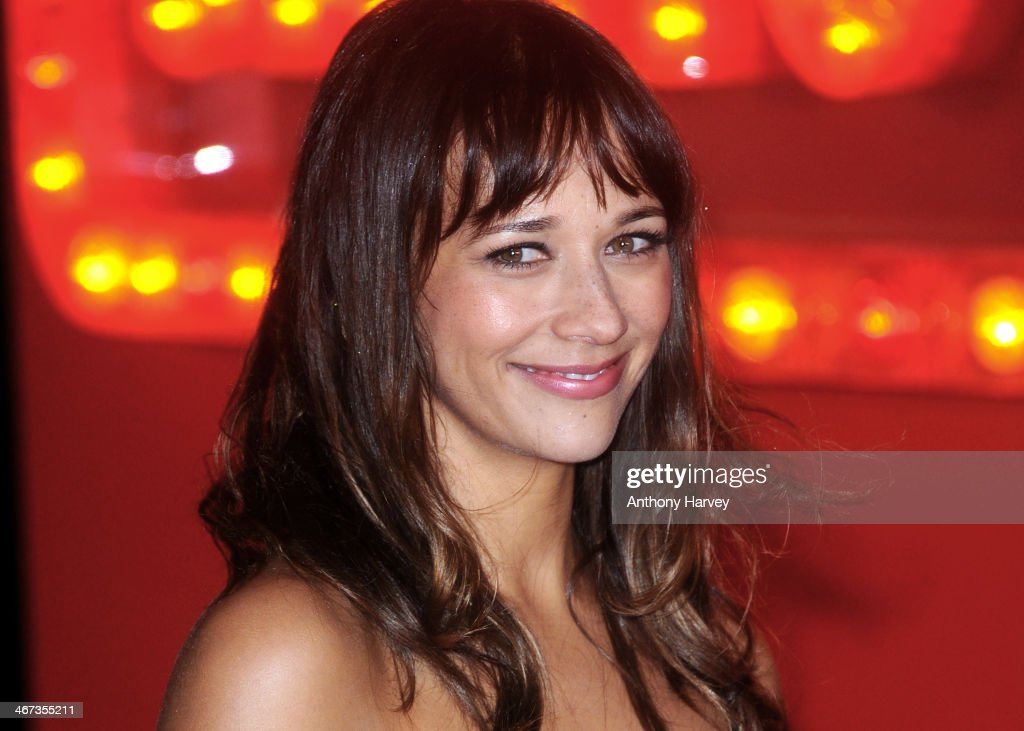 <a gi-track='captionPersonalityLinkClicked' href=/galleries/search?phrase=Rashida+Jones&family=editorial&specificpeople=2133481 ng-click='$event.stopPropagation()'>Rashida Jones</a> attends the World Premiere of 'Cuban Fury' at Vue Leicester Square on February 6, 2014 in London, England.