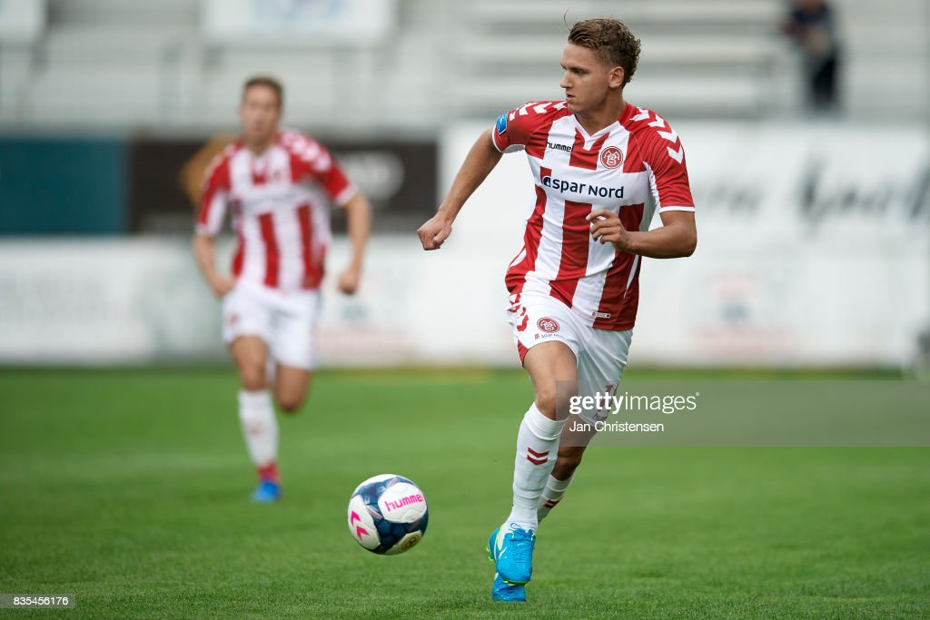 Rasmus Thellufsen of AaB Aalborg controls the ball during the Danish Alka Superliga match between AC Horsens and AaB Aalborg at Casa Arena Horsens on August 18, 2017 in Horsens, Denmark.