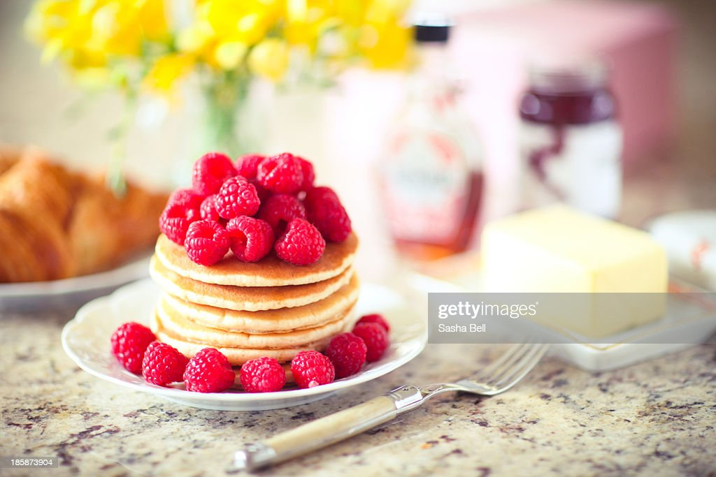 Raspberry Pancakes : Stock Photo