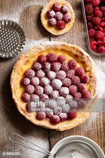 Raspberry tarts : Stock Photo