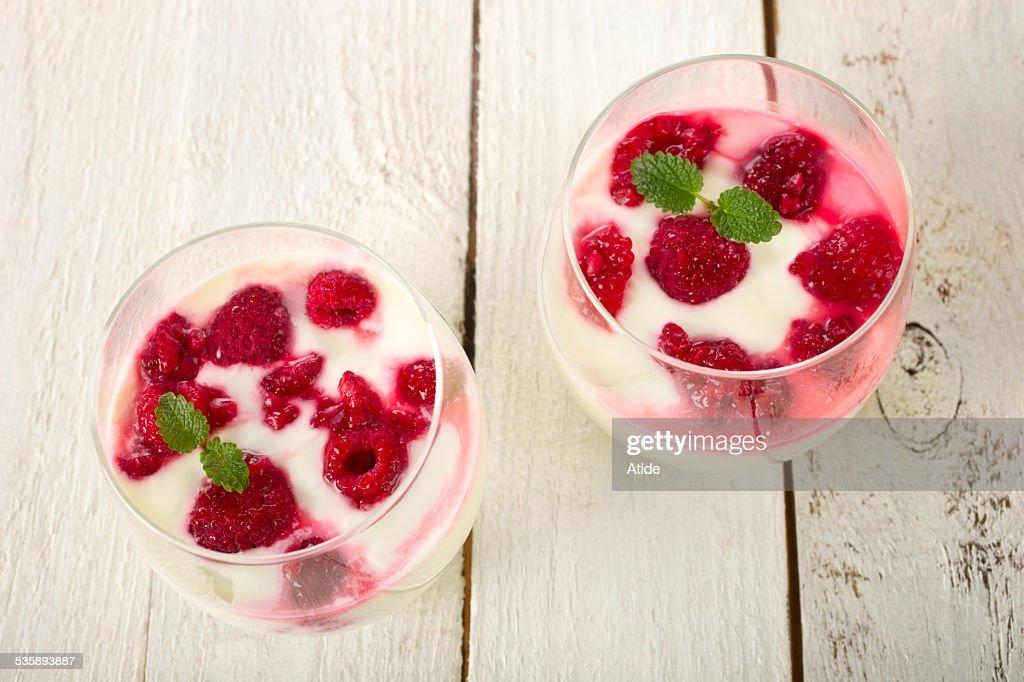 Raspberry yogurt : Stock Photo
