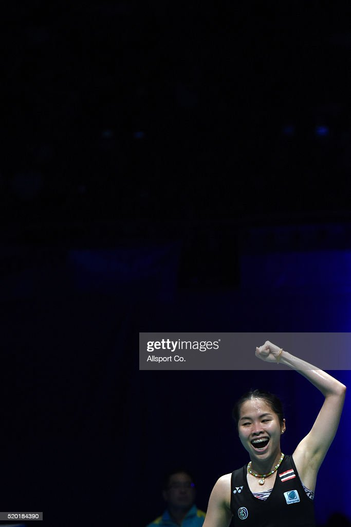 <a gi-track='captionPersonalityLinkClicked' href=/galleries/search?phrase=Ratchanok+Intanon&family=editorial&specificpeople=6597063 ng-click='$event.stopPropagation()'>Ratchanok Intanon</a> of Thailand screams as she defeated Tai Tzu Ying of Chinese Taipei during the Women Singlae Final during the BWF World Super Series Badminton Malaysia Open at Stadium Malawati on April 10, 2016 in Shah Alam, Malaysia.