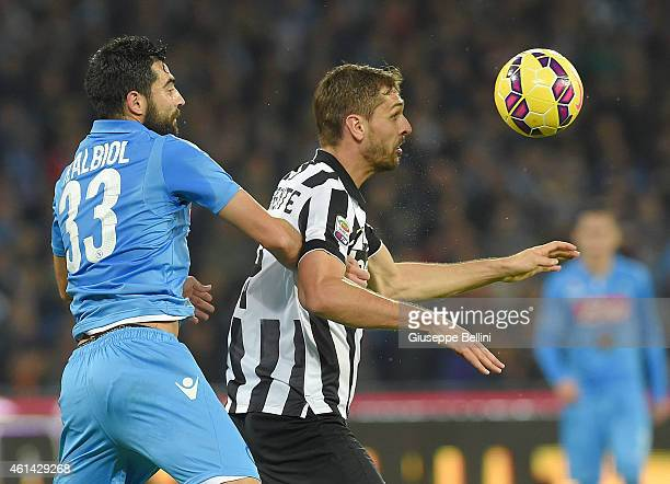 Raul Albiol of Napoli and Fernando Llorente of Juventus in action during the Serie A match between SSC Napoli and Juventus FC at Stadio San Paolo on...