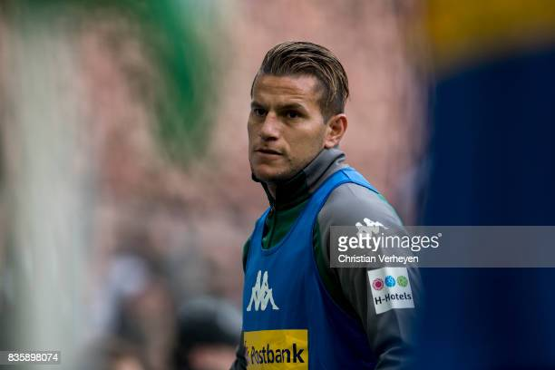 Raul Bobadilla of Borussia Moenchengladbach warms up during of the Bundesliga match between Borussia Moenchengladbach and 1 FC Koeln at BorussiaPark...