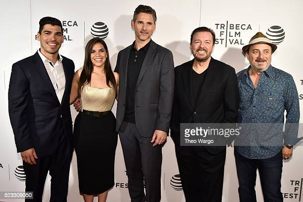 Raul Castillo America Ferrera Eric Bana Ricky Gervais and Kevin Pollak attend the premiere 'Special Correspondents' during the 2016 Tribeca Film...
