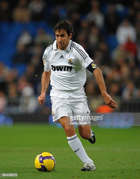 Raul Gonzalez of Real Madrid in action during the La Liga match between Real Madrid and Deportivo La Coruna at the Santiago Bernabeu stadium on...