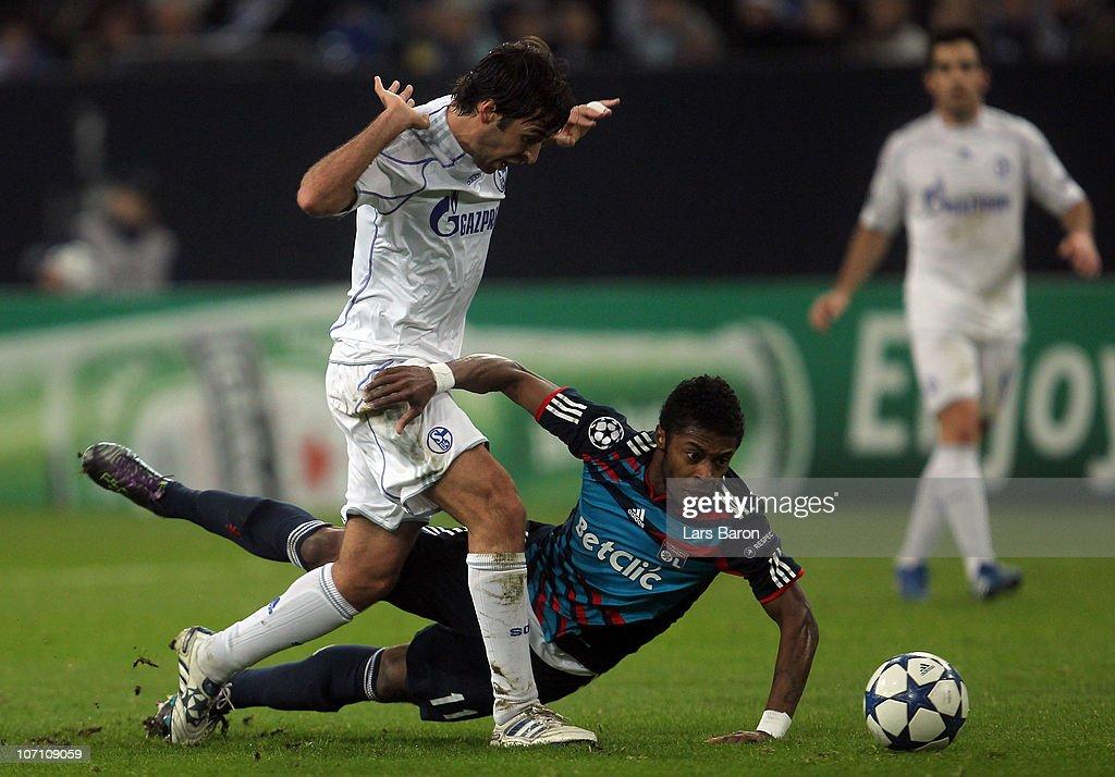 FC Schalke 04 v Olympique Lyonnais - UEFA Champions League