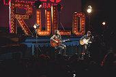 ESP: 'Rulo Y La Contrabanda' Present New Album