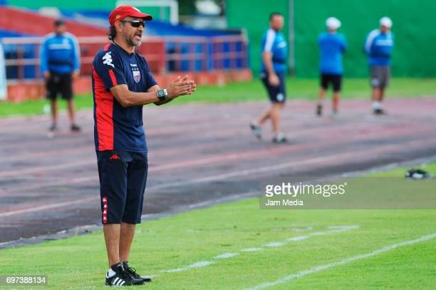 Raul Gutierrez coach of Atlante looks on during the Pre Season training match for the Torneo Apertura 2017 Liga MX between Atlante and Queretaro at...