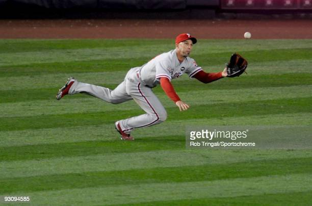 Raul Ibanez of the Philadelphia Phillies makes a diving catch against the New York Yankees during Game Two of the 2009 MLB World Series at Yankee...