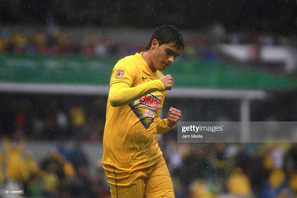 Raul Jimenez of America celebrates a goal during a match between America and Jaguares as part of the Apertura 2013 Liga MX at Azteca Stadium on september 21, 2013 in Mexico City, Mexico.