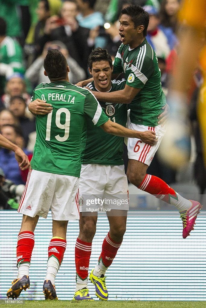 Mexico v New Zealand - FIFA World Cup Qualifier: Leg 1