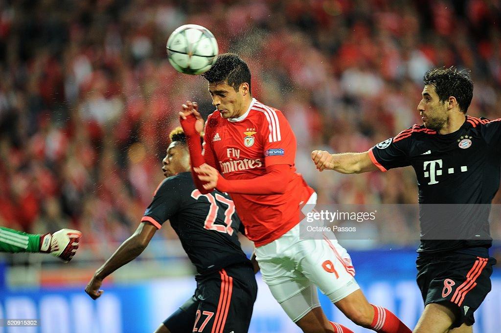 Raul Jiménez of SL Benfica scores the first goal against FC Bayern Muenchen during the UEFA Champions league Quarter Final Second Leg match between...