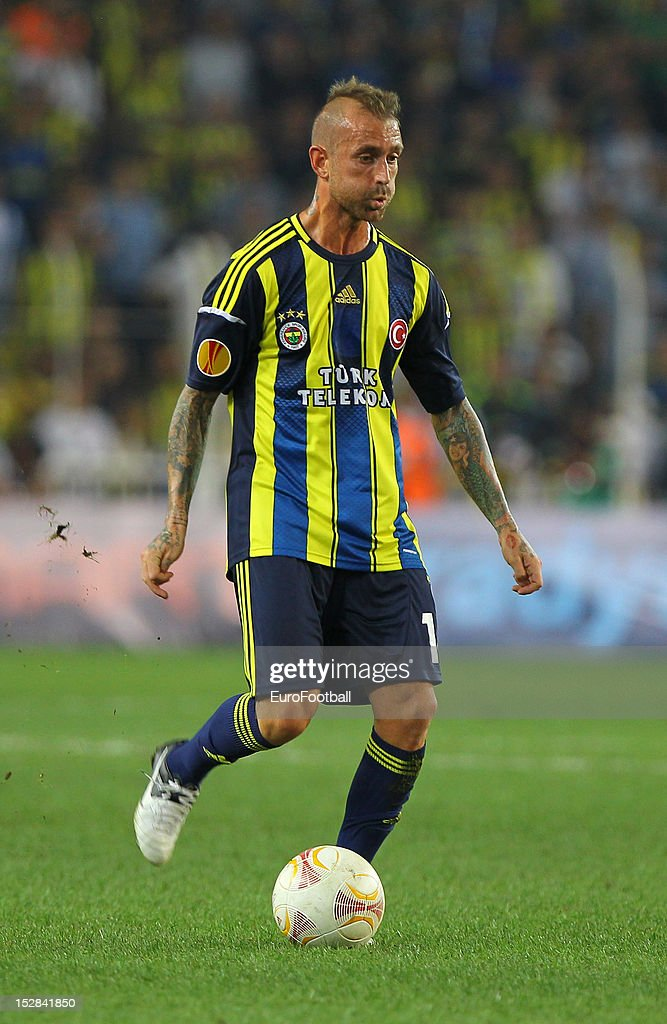 <a gi-track='captionPersonalityLinkClicked' href=/galleries/search?phrase=Raul+Meireles&family=editorial&specificpeople=605369 ng-click='$event.stopPropagation()'>Raul Meireles</a> of Fenerbahce SK in action during the UEFA Europa League group stage match between Fenerbahce SK and Olympique de Marseille on September 20, 2012 at Sukru Saracoglu in Istanbul, Turkey.