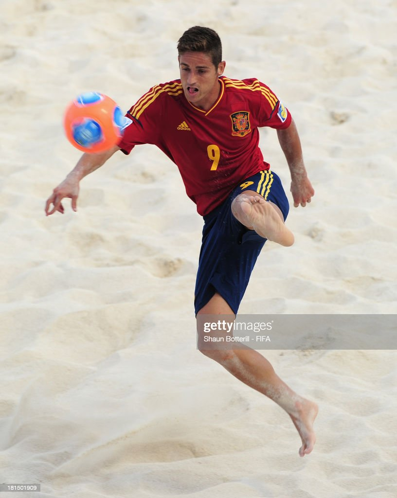 Raul Merida of Spain controls the ball during the FIFA Beach Soccer World Cup Tahiti 2013 Group A match between United Arab Emirates and Spain at the Tahua To'ata stadium on September 21, 2013 in Papeete, French Polynesia.
