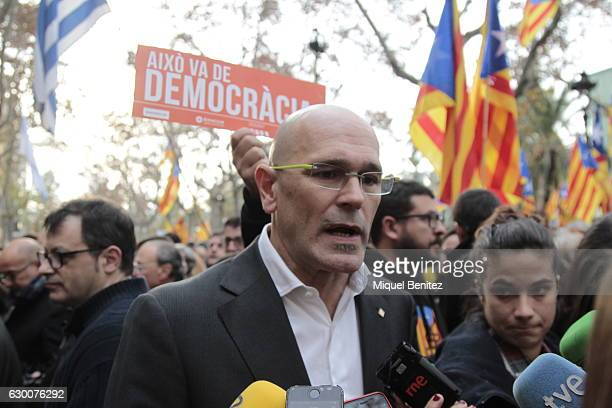 Raul Romeva gives support to The President of the Catalan Parliament Carme Forcadell accompanied by hundreds of members of the Parliament and Mayors...