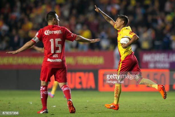 Raul Ruidiaz of Morelia celebrates after scoring the first goal of his team during the quarter finals second leg match between Morelia and Toluca as...