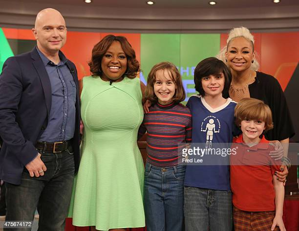 THE VIEW Raven Symone Paula Faris and Sherri Shepherd are the guest cohosts Thursday May 28 2015 on ABC's 'The View' 'The View' airs MondayFriday on...