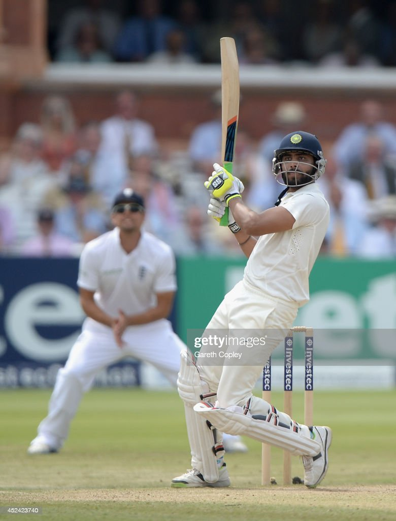 <a gi-track='captionPersonalityLinkClicked' href=/galleries/search?phrase=Ravindra+Jadeja&family=editorial&specificpeople=4880243 ng-click='$event.stopPropagation()'>Ravindra Jadeja</a> of India bats during day four of 2nd Investec Test match between England and India at Lord's Cricket Ground on July 20, 2014 in London, United Kingdom.
