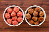 Raw and fried meatballs