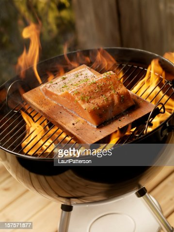 how to cook salmon on a cedar plank bbq