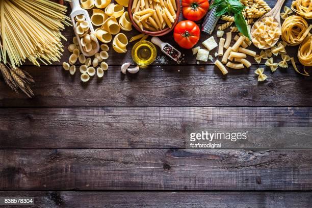 Frontière de pâtes de fruits de mer